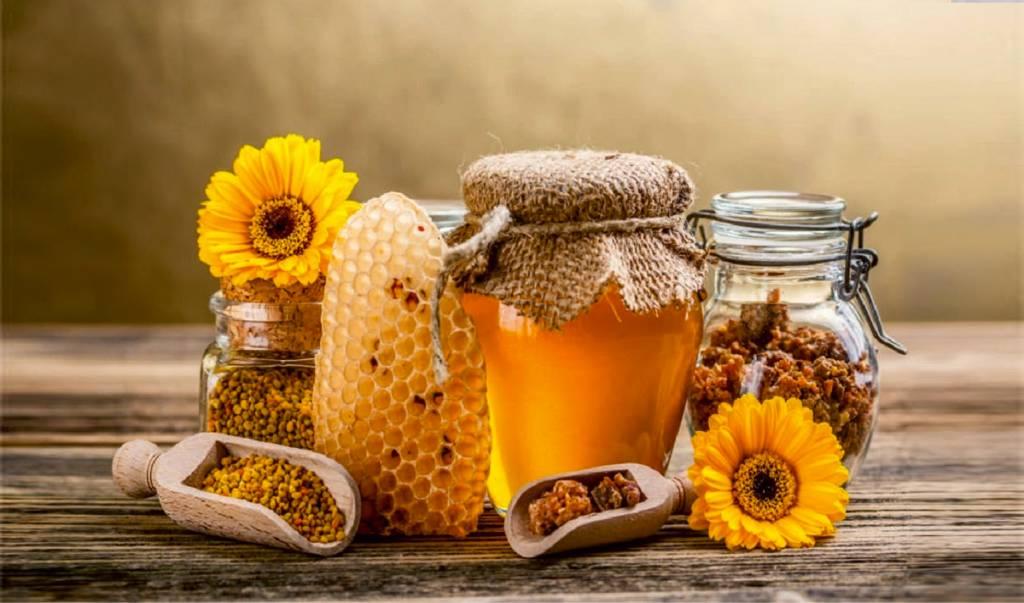 chai nhựa đựng mật ong